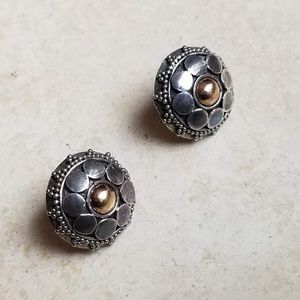 Jewelry - 925 silver and gold post earring